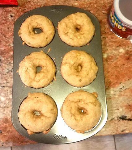 bakes donuts in the pan.jpg